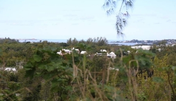 Land in Warwick, Bermuda